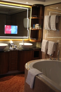Disney Dream Cruise Ship Apr2013 029 One Bedroom Suite