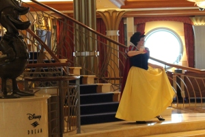 Disney Dream Cruise Ship Snow White Photo shoot